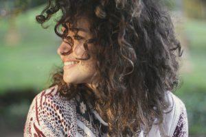 cabelos ressecados como identificar