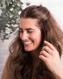 motivo do cabelo oleoso