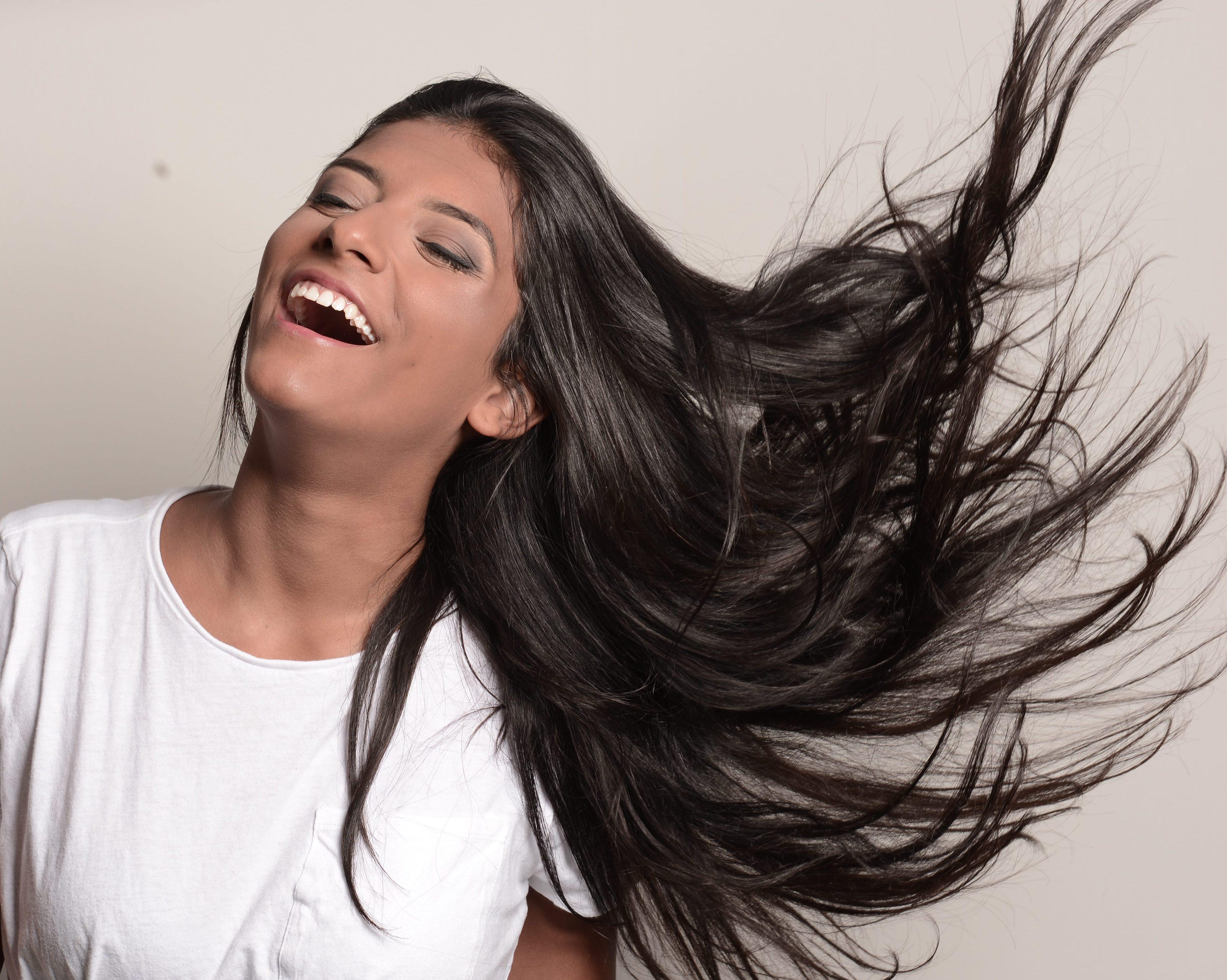 Progressiva sem formol existe? Descubra como alisar o cabelo sem danos
