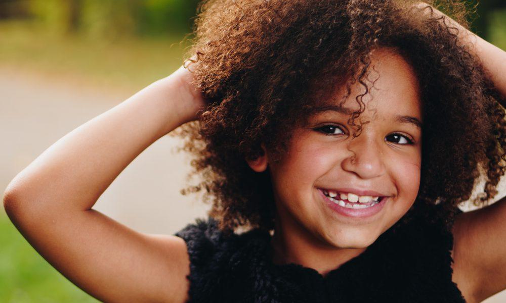 Cabelo de criança: 7 dicas para cuidar dos fios dos pequenos