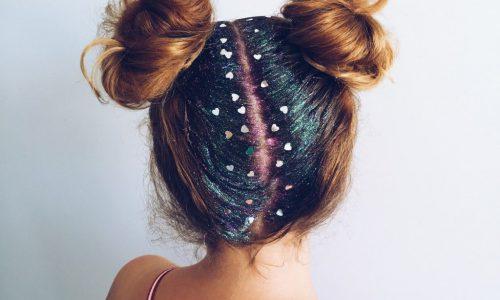 Glitter no cabelo: saiba tudo sobre essa tendência do carnaval