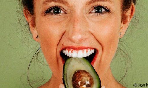 Hidratação com abacate: confira os benefícios e 3 receitas caseiras