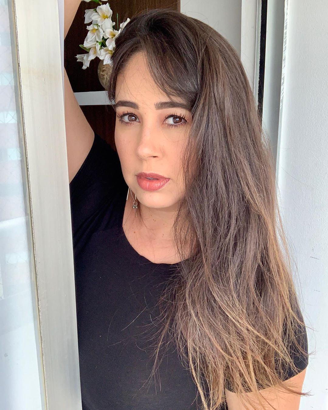 canela no cabelo