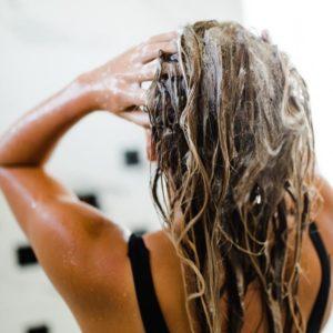 dicas para cabelo aplicação do shampoo
