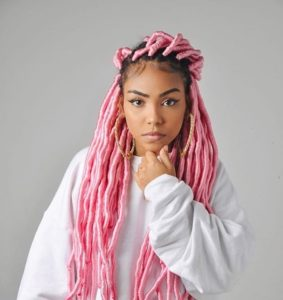 cabelo dreadlock rosa