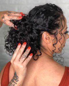 Penteados para festa em cabelo médio coque